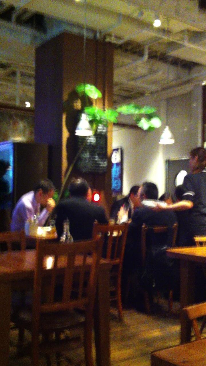 外国人の友達の作り方?東京都内で外国人が多く集まる店やカフェについて紹介
