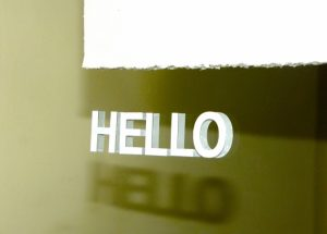 オンライン英会話のレッスンを受ける英語初心者に役に立つ便利な自己紹介フレーズ